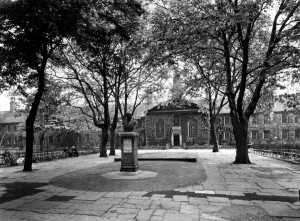 Photograph of the Geffrye by L Taylor 1948