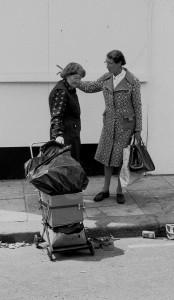 Women talking Cheshire Street