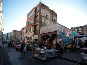 Steve Dobkin shop5 Brick Lane Market By Jeremy Freedman 201