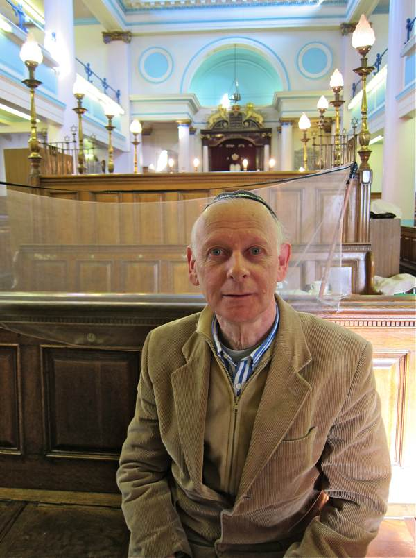 Leon Silver, Nelson St Synagogue | Spitalfields Life