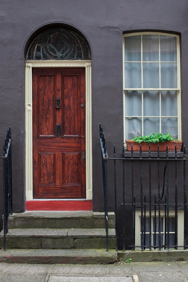 At ... & Ian Harperu0027s Spitalfields Door Parade | Spitalfields Life
