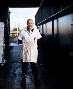 27_Micky Durell, Porter for 45 years, Billingsgate, London 2012_BlogPaul