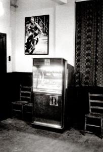Juke Box. E.9-73
