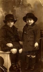 Emmi and Bobby, 1926