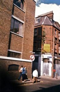 Harry Fishman's shop. 97 Brick Lane, after closure, 27 Sep 1987