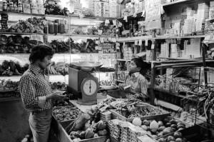 BRICK LANE ASIAN COMMUNITY 1970S TOWER HAMLETS 2463
