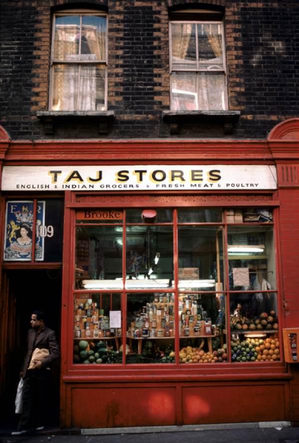 Brick Lane: Homer Sykes In Spitalfields