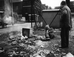 1-08 - Bonfire corner, Spitalfields Market in the '70s