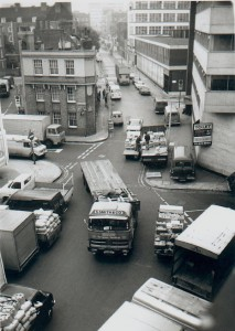Market lorries in Crispin Street E1, 1979