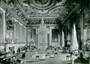 74 Drawing room black and white P
