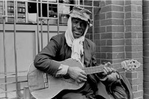 Guitar player St Martins Lane
