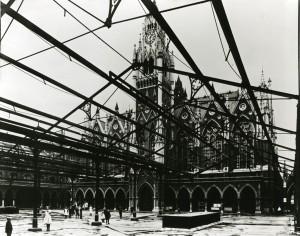 3 interior BB market hall 1914