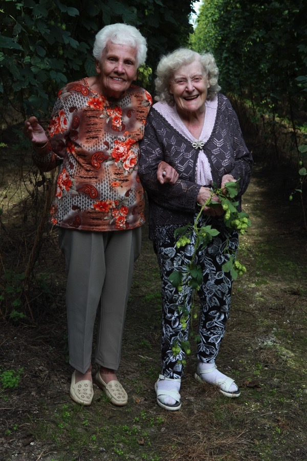 Hop Picking At Lamberhurst | Spitalfields Life