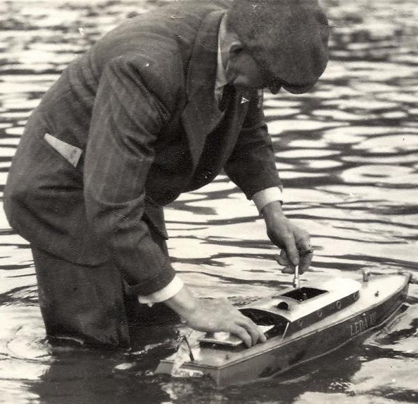 Ted Vanner, Model Steamboat Genius | Spitalfields Life