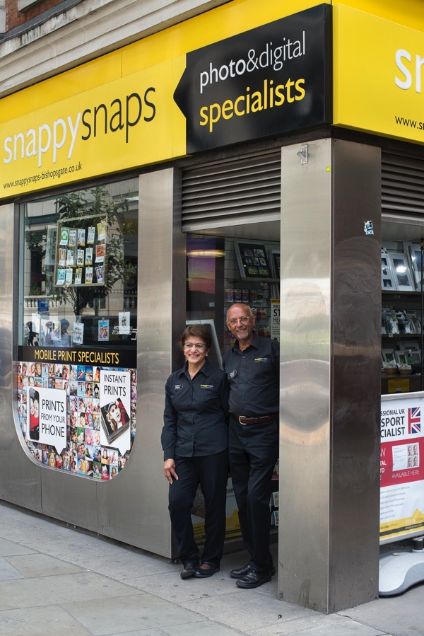 84712272 At Snappy Snaps In Bishopsgate | Spitalfields Life